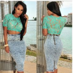 """Sea Foam Green Lace Crop Top Lace crop top with elastic on bottom to give that """"cropped"""" look. Very cute shirt! Size medium, new and never worn. Tops Crop Tops"""