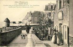 Les remparts de Saint-Malo début 20e siècle (A droite, la crêperie n'existait pas encore ;-)!)