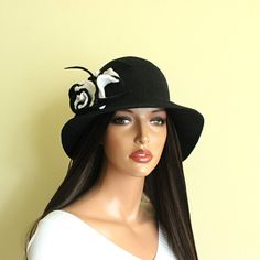 Black hat Black cloche Felt hat Felted hat Cloche by ZiemskaArt