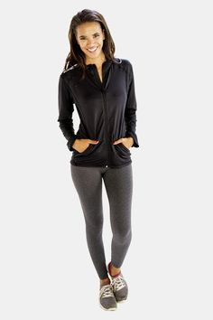 Alanic Activewear has updated its inventory to introduce a bright and practical collection of matte finish black jacket in reasonable rates. Jackets For Women, Clothes For Women, Womens Workout Outfits, Sleek Look, Outerwear Women, Jackets Online, Mock Neck, Fit Women, Active Wear