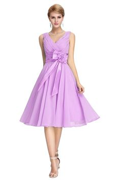 Elegant V Neck Sleeveless Short Lilac Chiffon Bridesmaid Prom Dress With Bow Lilac Bridesmaid Dresses, Wedding Dresses For Girls, Lilac Dress, Prom Dresses Blue, Chiffon Dress, Sexy Dresses, Evening Dresses, Short Dresses, Girls Dresses