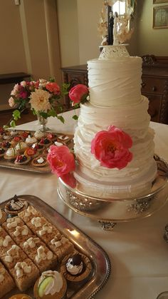 Photo taken by sales and events manager. Not 100% who this cake/desserts are by...