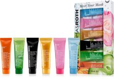 Mask Sampler Kit includes six of Peter Thomas Roth's most popular masks to detoxify, repair, hydrate, and polish skin.