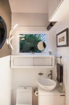 Tiny Cottage by Christopher Budd and Cape Associates-super smart bathroom design Beach Cottage Style, Beach Cottage Decor, Cottage Ideas, Tiny House Bathroom, Small Bathroom, Bathrooms, Kitchen Small, Modern Bathroom, Cape Cod Cottage