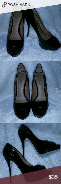 "Sexy Black Patent Leather Heels by Aldo Brand new black patent leather heels by Aldo. Never worn. No box. They say size 40(10) but they run small, more like a 9. Lightly padded leather footbed. 4.5"" heel.  Accepting reasonable offers. Aldo Shoes Heels"