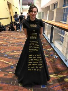 Star Wars Main Title dress Dapper day - Star Wars Cosplay - Star Wars Cosplay news - - Star Wars Halloween, Halloween Ideas, Star Wars Girls, Star Wars Poster, Comic Con Cosplay, Best Cosplay, Awesome Cosplay, Trajes Star Wars, Star Wars Opening