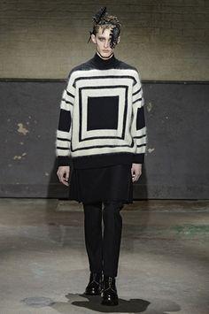 Alexander McQueen Autumn/Winter 2014-2015