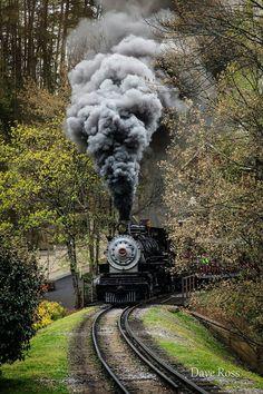 """Steam locomotive, """"Klondike Katie"""" No. Train Art, By Train, Train Tracks, Train Rides, Locomotive Diesel, Steam Locomotive, Motor A Vapor, Old Trains, Train Pictures"""