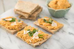 Hummus de batata doce... Sim é verdade, tenho mais uma sugestão de uma pasta para barrar absolutamente deliciosa e super saudável. Desta vez assemelha-se ao hummu...
