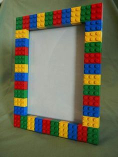 Picture Frames made using LEGO® elements This LEGO®️️ picture frame is perfect to show off the personality of anyone who loves Lego and having fun! Alternatively, the frame could be used for as a small dry erase board. The frame will hold a ph Picture Frame Crafts, Picture Frames, Big Picture, Kids Crafts, Deco Lego, Cadre Photo Diy, Diy Photo, Marco Diy, Lego Pictures