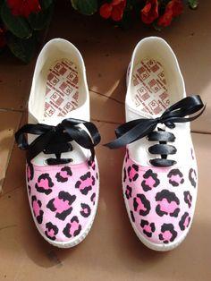 Zapatillas pintadas Leopardo Detalle: dos tonos de rosa (colores a elegir)