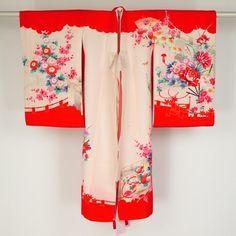 Child kimono / 淡いピンク地の祝着と寸法の合った内着のセット   #Kimono #Japan http://global.rakuten.com/en/store/aiyama/