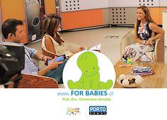 Como se prepara um bebé para a Escola?  Porquê pensar na escola , desde o nascimento? Será que é com ABCs e 1,2,3s?  Que capacidades têm os bebés e como os podemos ajudar a estarem preparados para o sucesso escolar?  O que as pessoas que tomam conta do bebés/professores, deveriam saber?  Como é que os pais podem ajudar os bebés a terem o melhor futuro possível?
