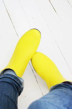 . Color Inspiration, Rubber Rain Boots, Shoes, Fashion, Moda, Zapatos, Shoes Outlet, Fashion Styles, Shoe