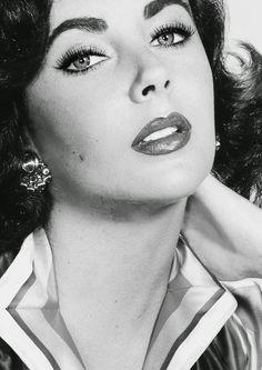 Lady Hollywood: Os segredos de beleza das atrizes antigas