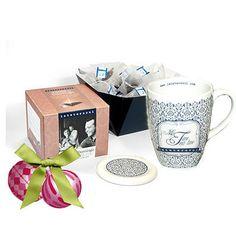 Tarde de Domingo con 20 infusiones piramidales con más nuestro nuevo mug Lateterazul. Un regalo exclusivo, elegante y práctico.
