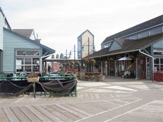 Steveston Village Boardwalk, Richmond BC - great place to go on a sunny day!