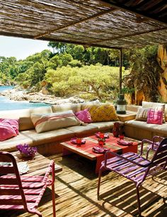 THE BEST MEDITERRANEAN STYLE OUTDOOR AREAS | THE STYLE FILES