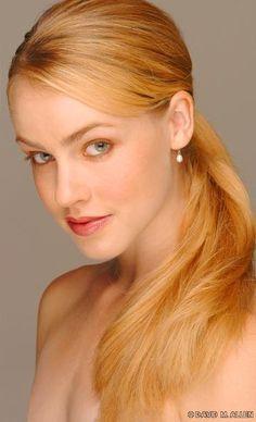 Amanda Schull ✾