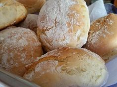 Schnelle Joghurtbrötchen Fast yogurt rolls from Maulmont. A Thermomix ® recipe from the category Bread & Rolls on www.de, the Thermomix® Community. German Bread, Bread Bun, Yummy Food, Tasty, Pampered Chef, Bread Baking, I Love Food, Food Inspiration, Bagel Pizza