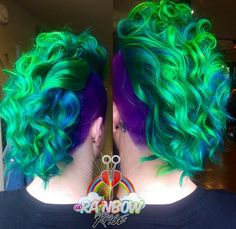 Green Mohawk shaved sided dyed hair color @rainbowrage