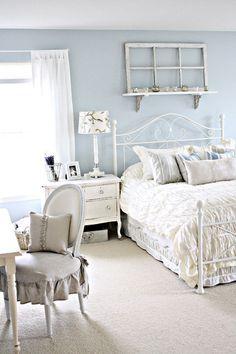 Camera da letto in stile shabby chic n.10