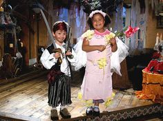 How to Make an Easy Pirate Costume : Home Improvement : DIY Network