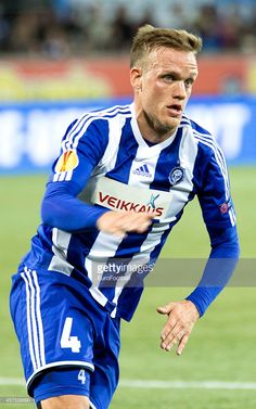 mika-vayrynen-of-hjk-helsinki-in-action-during-uefa-europa-league-b-picture-id457538690 (641×1024)