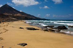 Fuerteventura Island, Free Mind, Island Design, Beach Bars, Island Beach, Canary Islands, Honeymoon Destinations, Tenerife, Best Hotels