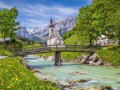 In der kleinen Gemeinde Ramsau bei Berchtesgaden leben gerade mal knapp 2.000 Menschen und vielleich... - bluejayphoto / iStock