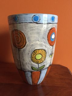 I tried a new technique on this vase.
