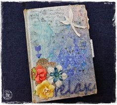 Luciana W: Live Class - Art Journal with Old Book