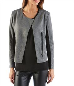 Veste biker femme en jacquard Fall Winter, Sweaters, Fashion, Moda, Fashion Styles, Sweater, Fashion Illustrations, Sweatshirts, Shirts