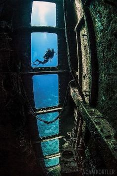 10 Underwater Shipwreck Photos That Will Take Your Breath Away. Featured here: Salem Express wreck and diver in Red Sea, Egypt Underwater Shipwreck, Underwater Ruins, Underwater Pictures, Ocean Pictures, Surf, Scuba Diving Gear, Deep Blue Sea, Underwater Photography, Photography Couples