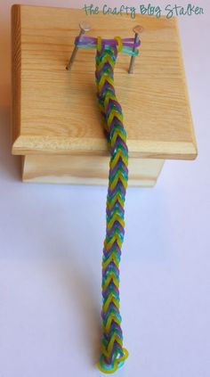 Fish Tail Stretch Band Bracelet: Rainbow Loom, DIY, Tutorial, loom and bracelet instructions