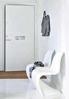 Via Delikatissen | White Hallway | Panton Chair