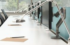 Humanscale M2 Monitor Arm - Product Page: http://www.genesys-uk.com/Humanscale-M2-Monitor-Arm.Html  Genesys Office Furniture Homepage: http://www.genesys-uk.com  The Humanscale M2 Monitor Arm has been designed to suit a range of settings, allowing the user to bring their work to them, rather than having to adjust a static monitor stand.