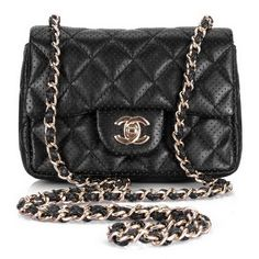91685058bd CHIC STYLE l chanel l quilted www.chanel.com Chanel Mini