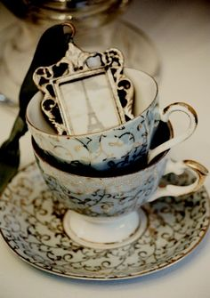 ❥ teacups and Paris