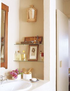 Bathroom Renovation before and after : 31 Creative Storage Idea For A Small Bath. Small Space Bathroom, Small Bathroom Organization, Simple Bathroom, Bathroom Shelves, Bathroom Ideas, Glass Bathroom, Small Bathrooms, Glass Shelves, Bathroom Interior