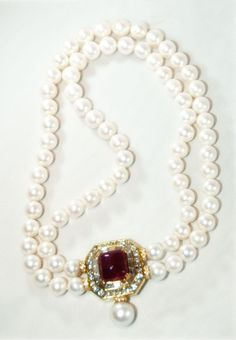 pearl statement necklace for a fall wedding