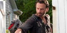 Get Fully Informed with THE WALKING DEAD Featurettes and Clips Before the New Episode | SciFi Mafia