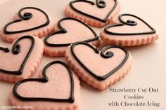 Strawberry Cut Out Cookies with Chocolate Icing (simple icing recipe corn syrup) Galletas Cookies, Iced Cookies, Sugar Cookies Recipe, Brownie Cookies, Cookie Icing, Royal Icing Cookies, Cookie Dough, Cut Out Cookie Recipe, Cut Out Cookies