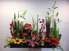 Resultado de imagen para arreglos florales jardineras cementerio