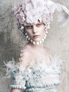 Chanel/ Vogue