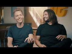Video: Join The Minimalists for a Night of Less | The Minimalists