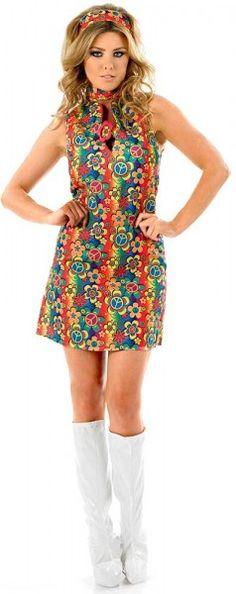 C'est l'été, revivez dans l'insouciance des années 60's avec cette belle robe hippie pour femme et ses inimitables couleurs psychédéliques !