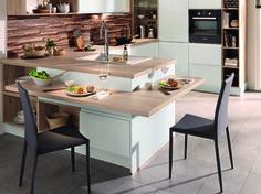 Vous adorez les cuisines ouvertes parce qu'elles sont ultra conviviales ? Vous allez encore plus apprécier notre sélection de cuisines ouvertes dotées d'un bar ! Ce petit ou large plateau...