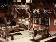Vestimentum Gewanddesign - exklusive Maßanfertigung - Atelier Cc Images, Workshop, Kitchen Appliances, Home, Design, Atelier, Diy Kitchen Appliances, Home Appliances, Work Shop Garage