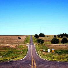 Endless roads stretched out in straight lines before me. And I found myself lost in rural Kansas …